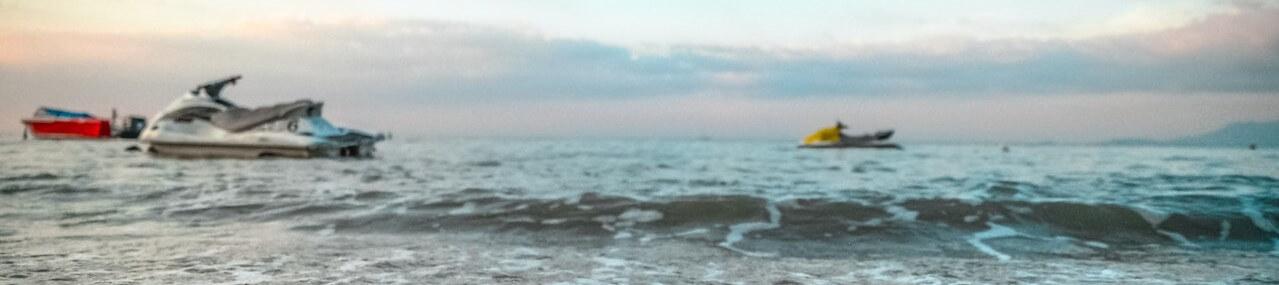 Jestkis on the ocean